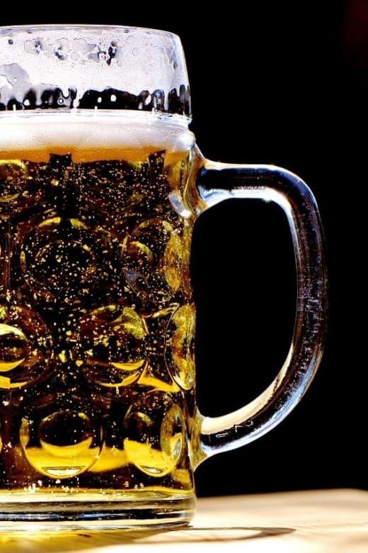 Bier aus einer Mikrobrauerei in München
